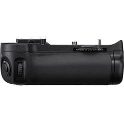 Nikon MB-D11 Multi-Power Battery Pack for Nikon D7000 Dig...