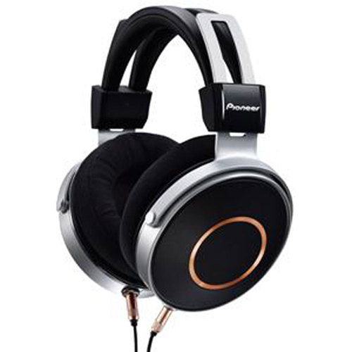 Pioneer Audiophile Grade High Resolution Headphones with Three Cords (Black) SE-MONITOR5